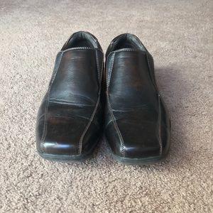 HP Apt. 9 slip on men's shoes EUC
